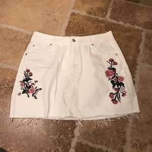 Size 10 floral jean skirt